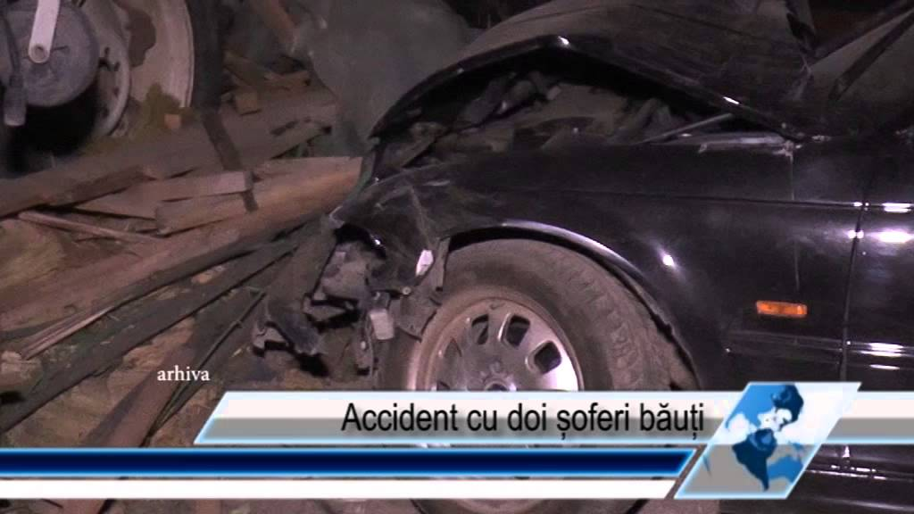 Accident cu doi șoferi băuți