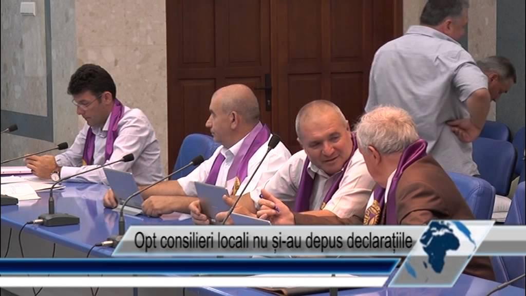 Opt consilieri locali nu și-au depus declarațiile