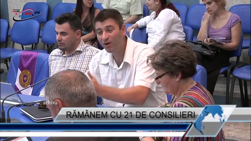 RĂMÂNEM CU 21 DE CONSILIERI