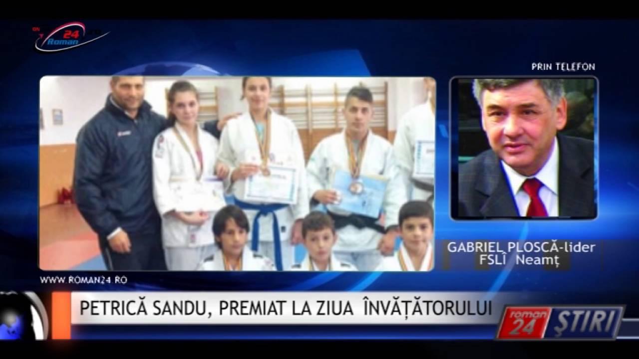 PETRICĂ SANDU, PREMIAT LA ZIUA ÎNVĂȚĂTORULUI