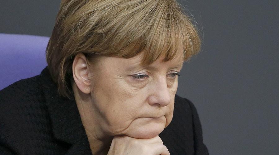 Germanii vor demisia lui Merkel