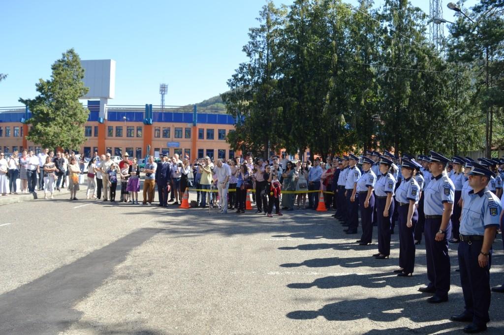 Noii polițiști nemteni au depus azi jurământul