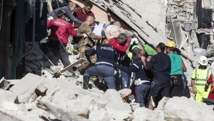 Doi romani morti in urma cutremurului din Italia. Opt sunt dati disparuti