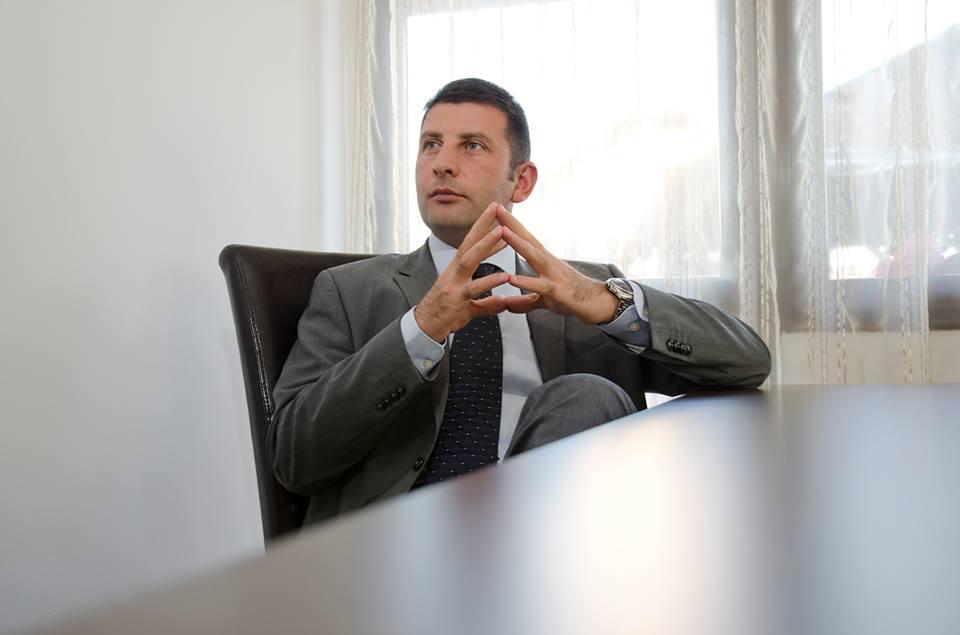 Leoreanu își pregătește demisia de la Primăria Roman! Uite pe cine susține în locul său la alegerile anticipate!