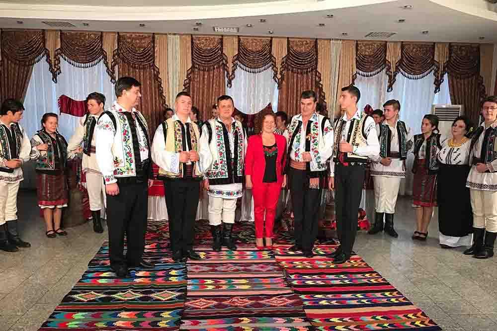 Romașcanii sunt invitați la Revelionul Artiștilor Moldoveni