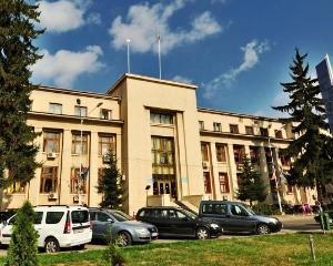 LOCURI DE MUNCĂ LA PRIMĂRIA ROMAN