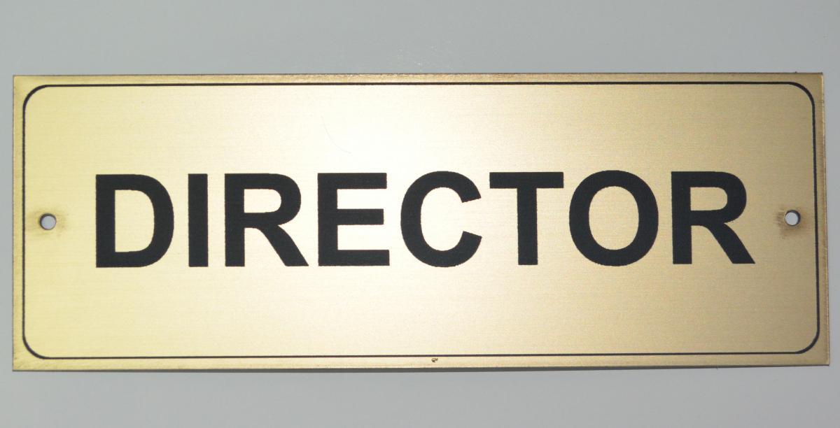 BĂTĂLIE MARE PENTRU UN POST DE DIRECTOR