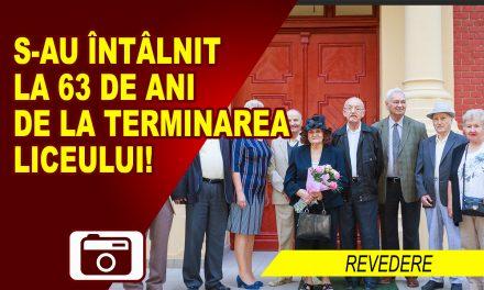 S-AU ÎNTÂLNIT LA 63 DE ANI DE LA TERMINAREA LICEULUI