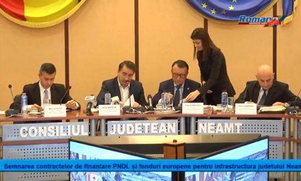 Semnarea contractelor de finantare PNDL și fonduri europene pentru infrastructura judetului Neamt