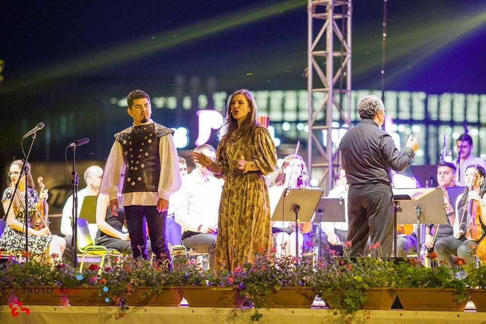 Vacanțe muzicale – Joi, 5 iulie 2018, ora 21:00, Piaţa Turnului – SEARĂ DE OPERĂ POP-ROCK