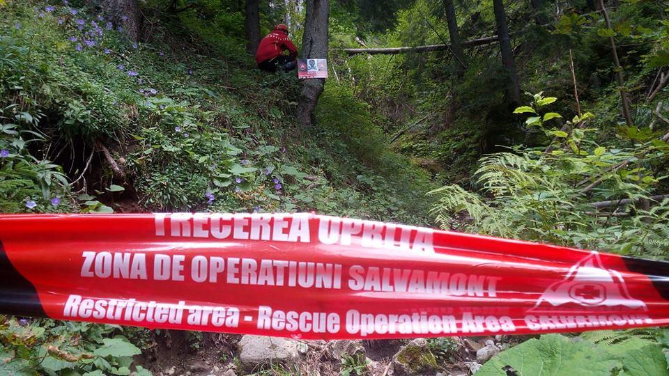 Traseul turistic ce face legatura intre Cascada Duruitoarea şi Cabana Dochia prin Piciorul Schiop este inchis