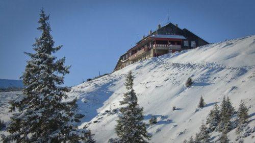 (Live) Stratul de zăpadă măsoară 17 cm pe Ceahlău