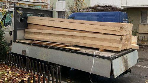 Cu un singur aviz de însoţire emis în ziua precedentă, a cărat de mai multe ori material lemnos la Borca
