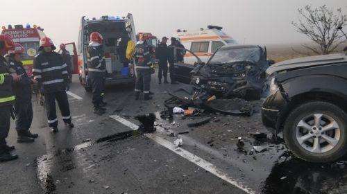 Accident mortal pe E85, două autoturisme s-au izbit frontal